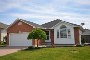 HOUSE FOR SALE -439,900 Hagersville