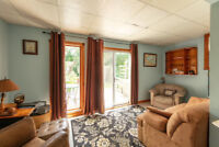 Lakefront On-the-Water Cottage avail July 22-28  Pet Friendly