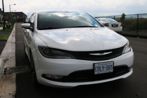 2015 Chrysler 200S Fully loaded with factory warranty