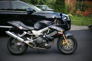 Honda VTR1000F. Passed safety! Low mileage.