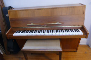 Acoustic Piano for sale (including professional delivery to you)