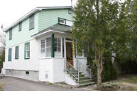 Charming cottage in quiet location - 3 bdrms & 2 bathrooms