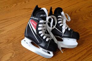 CCM Intruder Ice Skates - Size 9 Youth