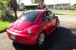 2007 Volkswagen New Beetle Coupe (2 door)
