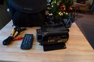Sony HDR SR 11 HD Camcorder   Mint Condition  Reduced!!!!