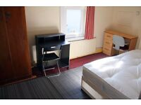 Bright Double Room 8 min to Leytonstone Station £130pw