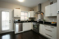 Easy access to downtown core/All inclusive/UPPER BEACH/June&July
