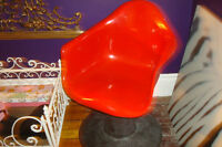SUPER COOL RED vintage fiberglass chair