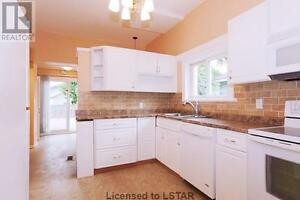 Beauty 3 Bedroom 1 Bathroom Updated Home For Sale in Woodstock!