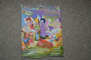 Disney Fashion Friends Magnetic Paper dolls - SEALED!