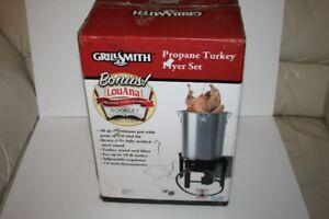 TURKEY DEEP FRYER NEW IN BOX