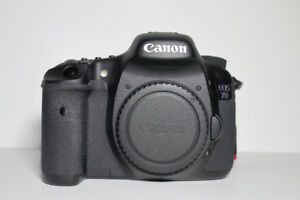 Canon EOS 7D DSLR Camera - Excellent Condition