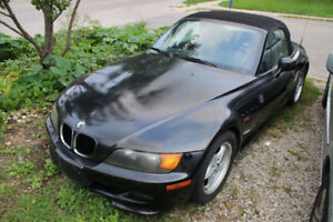 BMW Z3 ROADSTER CONVERTIBLE WITH UPGRADES. PRICED TO SELL