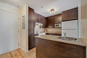 Wow!! Condo 3 chambres à coucher à vendre à Montréal