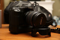 Canon 40 D with EF-S 17-85mm (grip, 2 batteries, filter, hood)