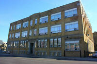 1 BEDROOM LOFT STYLE APARTMENT!! ADELAIDE ST NORTH!! AMENITIES!!