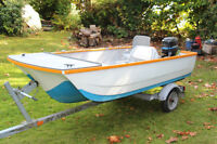 12ft double hull fiberglass runabout