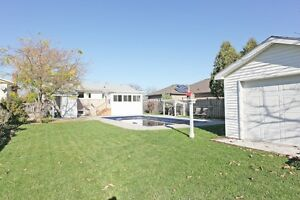 Open House Sunday 1-3pm Nov. 20th #319 Simcoe St., Amherstburg Windsor Region Ontario image 9