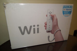 NINTENDO Wii Complete system in Box plus 3 Games