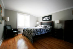 Bright Spacious Apartment for Lease in Churchill Square