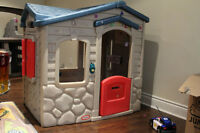 Little Tykes Play House maison