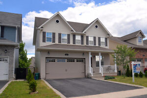 Mary & Shannon Present: 215 Rose Abbey Dr!
