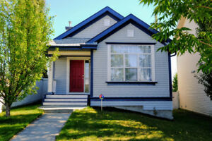 Beautiful Terwillegar Town 4 level split home