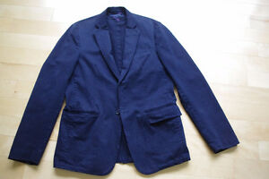 NEW UNWORN Tommy Hilfiger Jacket Small- Red Inner Lining