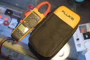 **AWESOME DEAL** FLUKE 374 Multimeter + Bag