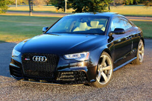 2013 Audi RS5 Coupe / S-tronic dual clutch / v8 4.2L