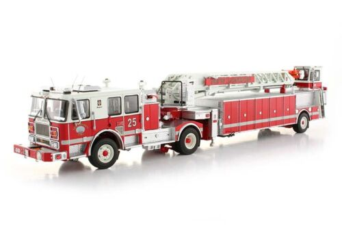 """Seagrave TDA Fire Engine Ladder - """"NEW LONDON #25"""" - 1/50 - TWH #094A-01151"""
