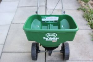 Scotts Turf Builder Spreader