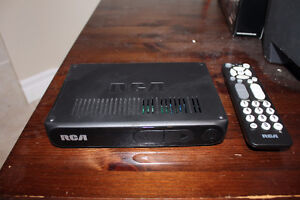 RCA DIGITAL CONVERTER BOX WITH REMOTE CONTROL