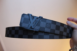 Louis Vuitton belt ( Damier Graphite) - Authentic