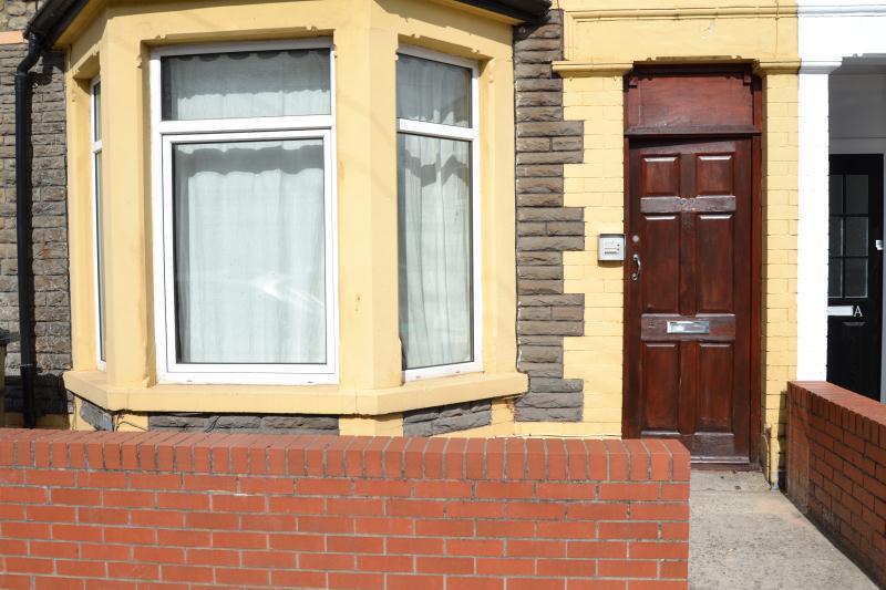 4 bedroom flat in Alfred Street, Roath, Cardiff,