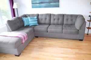 **Sofa sectionnel 5 à 6 places**