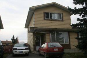 Three bedroom duplex in Pineridge NE, Calgary