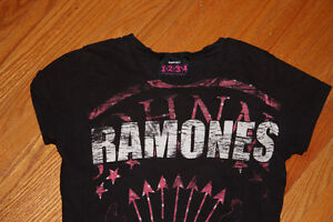 Ramones T-shirt - Ladies fit/trade for GREEN DAY SHIRT