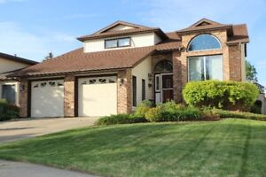 SOLID FAMILY HOME ON CUL DE SAC LOCATION IN ST.ALBERT!