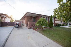 NEW LISTING 166 HIGHRIDGE Avenue. LISTED AT $424,900 OFFERS WELC