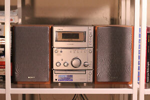 Sony CMT-CPX1 - Micro system - radio / CD / cassette