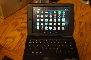 """Acer 8"""" Tablet With Case and Blue Tooth Keyboard"""
