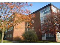 2 bedroom flat in Corfton Lodge, Ealing, W52