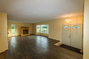 Chestermere Acreage for rent available July 1!