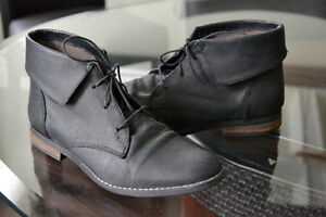 Steve Madden ankle boots - rarely worn