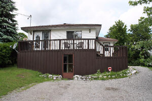 2+1 Bedroom Raised Bungalow Is Awaiting Its New Owner!!