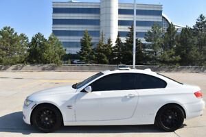 2009 BMW 328xi AWD Coupe (White and M Package) + Winter Tires