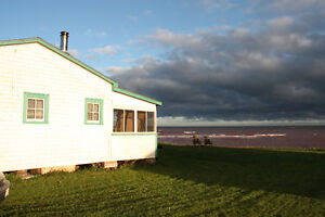 BEACH FRONT COTTAGE FOR SALE (Toney River, NS)