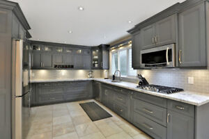 Beautifully Renovated Home In College Park Oakville 4 bed 2 bath