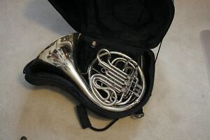 Professional F/Bb FRENCH HORN made in USA by King model 1160